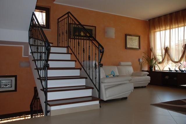 Scale in legno su misura rivestimento di scalini in muratura falegnameria roma lavorazioni - Scale in muratura ...